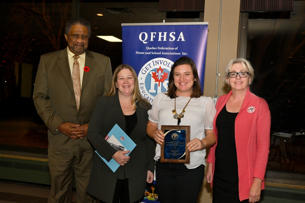 Willingdon School receives an award at the banquet
